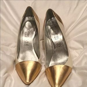 Creamy and gold pumps!